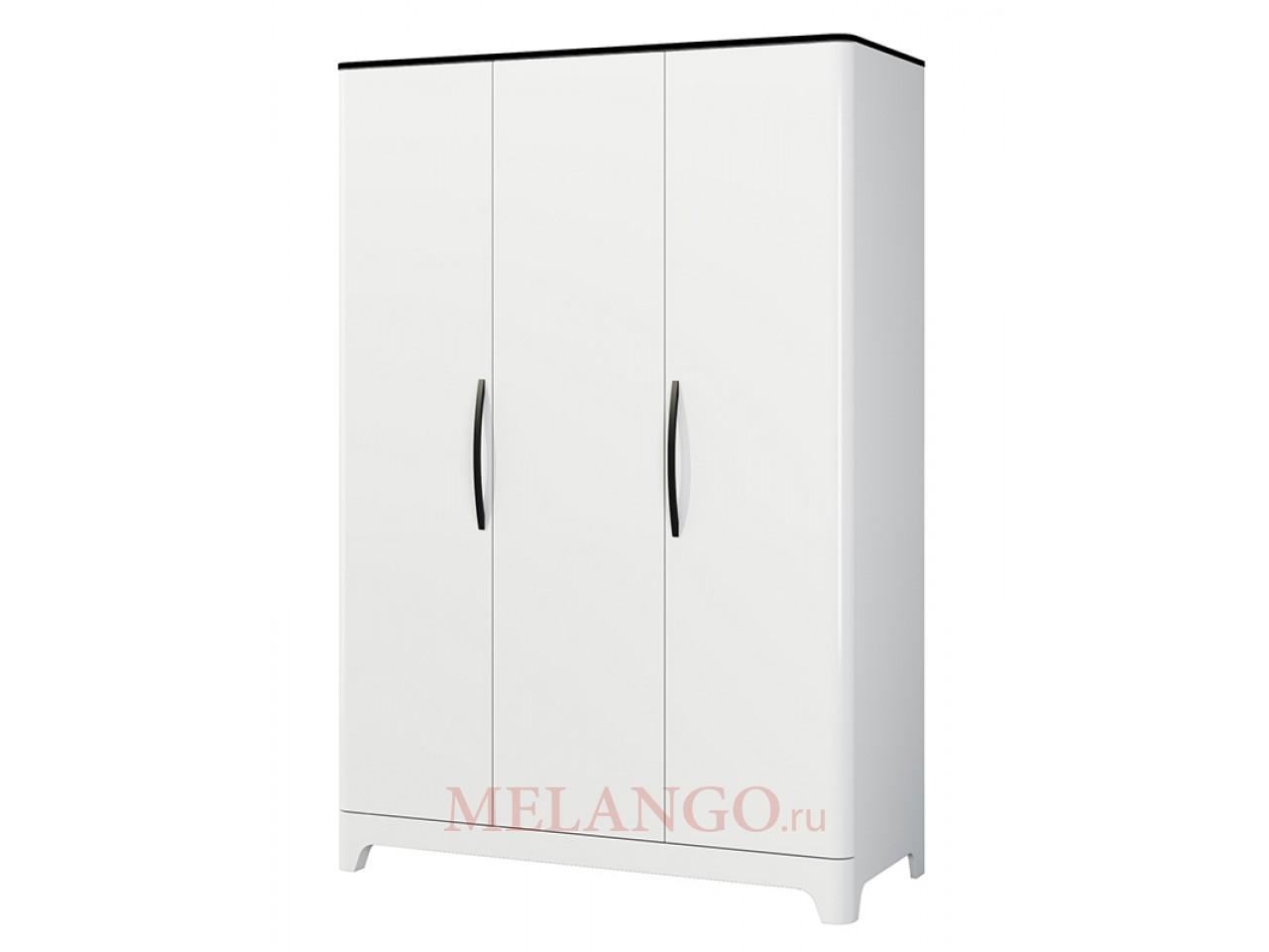Трехстворчатый распашной шкаф для одежды и белья с полками Верона МН-024-03